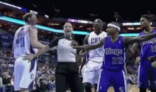 Sacramento Kings PG Isaiah Thomas Accidentally Gropes Female Ref's Breast (GIF)
