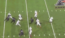 Louisville QB Teddy Bridgewater Scrambles and Throws a Miraculous TD Pass Against Cincinnati (GIF)