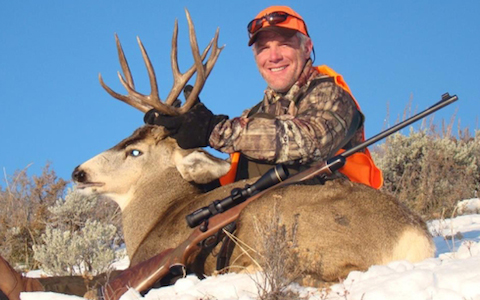 12 brett favre hunting - athletes who are hunters