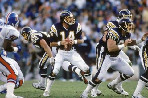 4 dan fouts - best quarterbacks to never win a super bowl