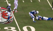 Kelvin Sheppard Slaps Around Colts Teammate Laron Landry, Who Was Down on the Ground with a Concussion (GIF)