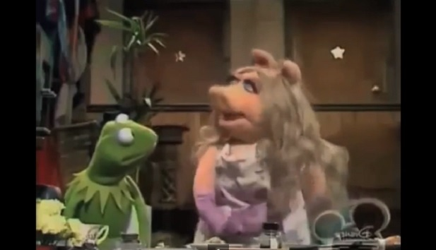 kermit the frog and miss piggy reenact richard sherman rant
