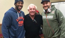 """Nature Boy"" Ric Flair Visited the 49ers Prior to Their Victory Over the Packers (Video)"
