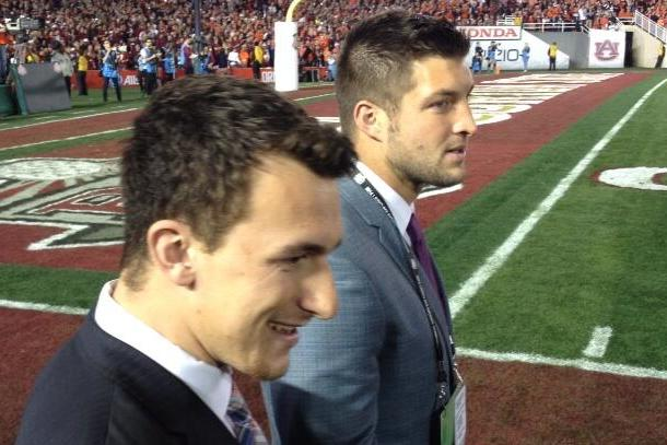 tebow and manziel hanging out at bcs championship game