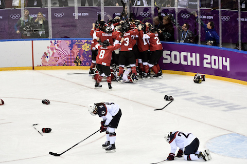 3-canada-womens-hockey-gold-what-do-countries-pay-for-olympic-medals-olympic-medal-bonuses