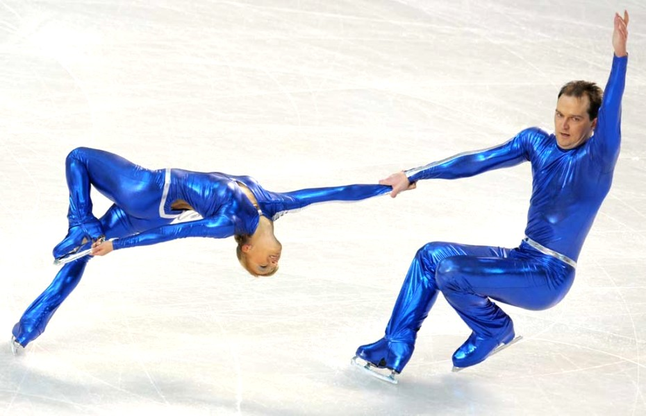 7-blue-men-insane-crazy-weird-figure-skating-costumes