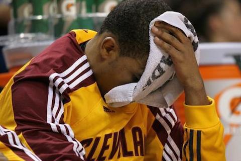 1 2010-11 Cleveland Cavaliers - longest NBA losing Streaks