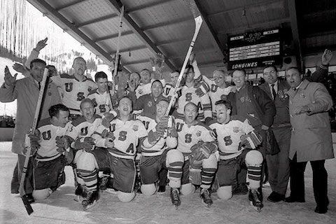 3-1960-u.s.-olympic-hockey-team