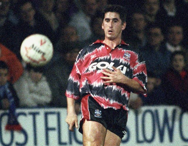 6 huddersfield kit 1991-92 - worst soccer uniforms all time - worst football kits all time