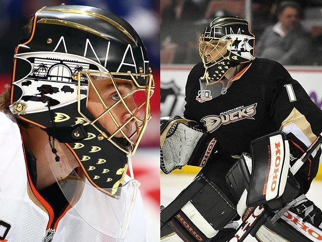 3 Jonas Hiller (anaheim ducks) - best goalie masks nhl 2013-14