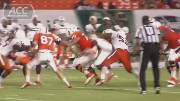 Denzel Perryman decleat Hit