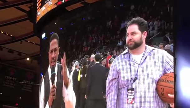 Knicks fans boo Nick Cannon