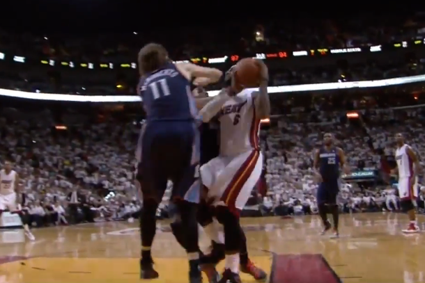 josh mcroberts elbows lebron james in the throat