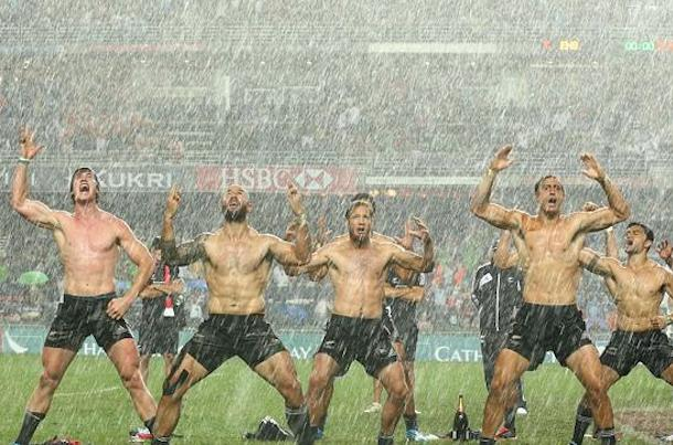 new zealand all blacks haka in rain