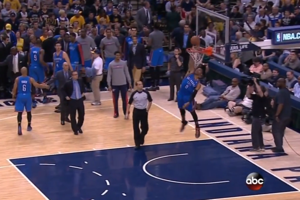 russell westbrook blocks shots during timeout