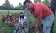 Tim Tebow Spent Easter Sunday Chopping Wood With Jase Robertson of 'Duck Dynasty' (Pic)