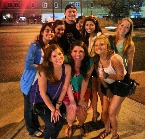 17 johnny manziel photo with group of girls random tuesday night