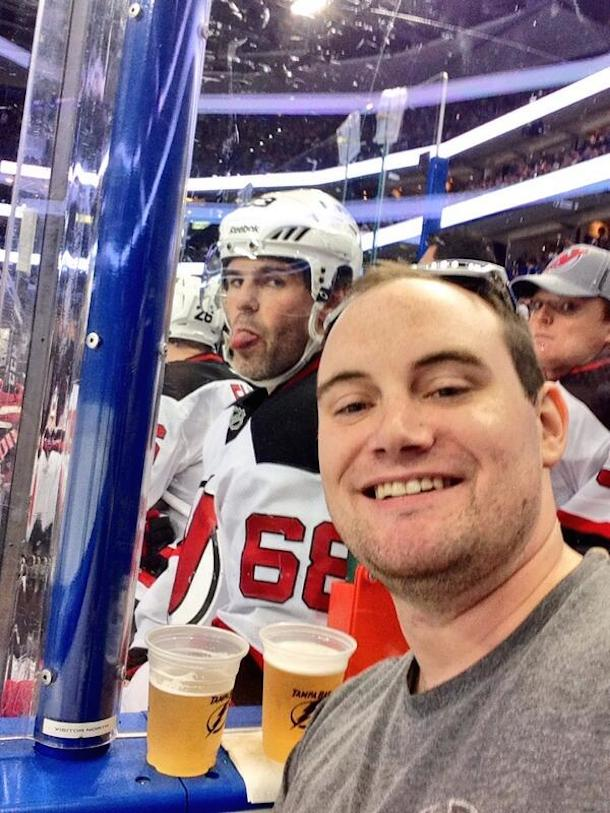 3 jagr photobomb selfie - best sports selfies