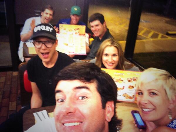 4 bubba watson waffle house selfie - best sports selfies