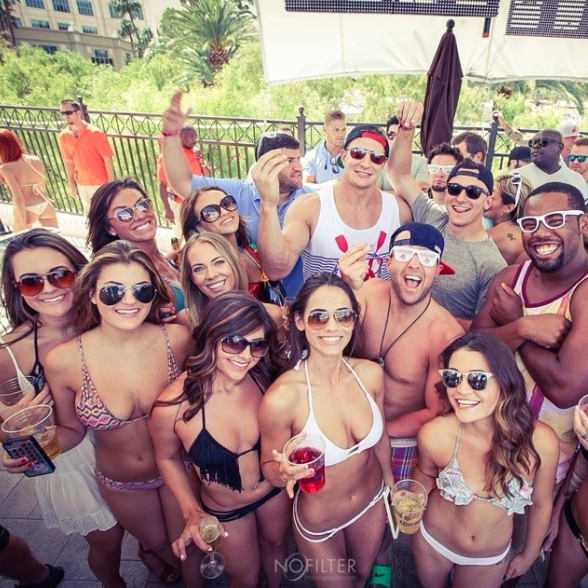 6 johnny manziel and gronk with hot pool chicks in vegas memorial day weekend