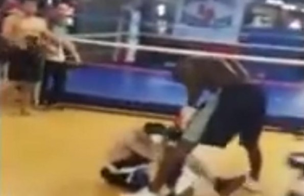 Boxer Beats Up Internet Troll