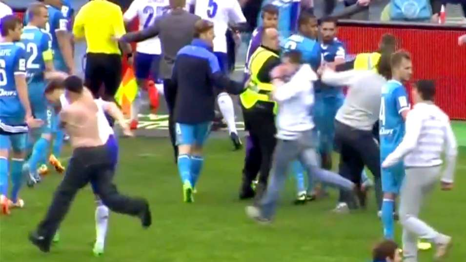 Dinamo moscow's vladimir granat gets punched by zenit fan video