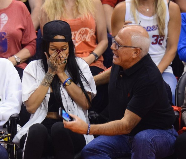 Rihanna Breaks Guy's Phone at Clippers Game