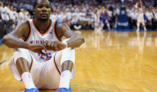 Kevin Durant Couldn't Bear To Watch Russell Westbrook's Final Free Throws Last Night (Pic)