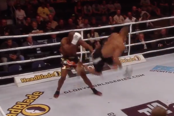 glory 16 flying kick ko