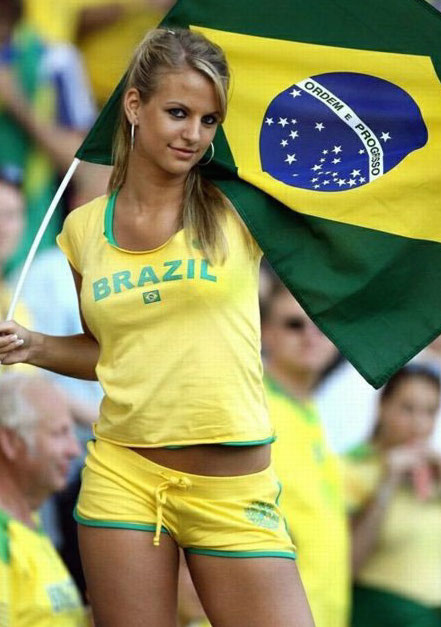 1 brazil 2 - hottest fans 2014 fifa world cup