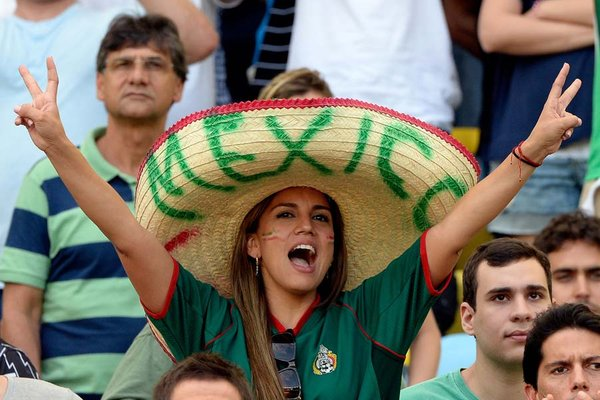 11 mexico 3 - hottest fans 2014 fifa world cup