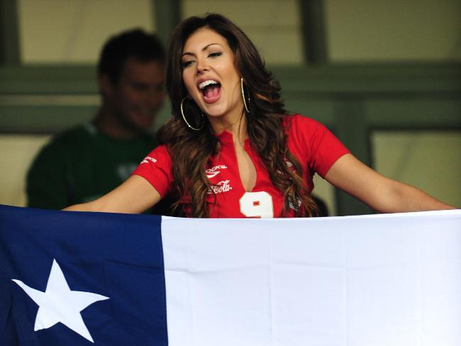 18 chile 1 - hottest fans 2014 fifa world cup