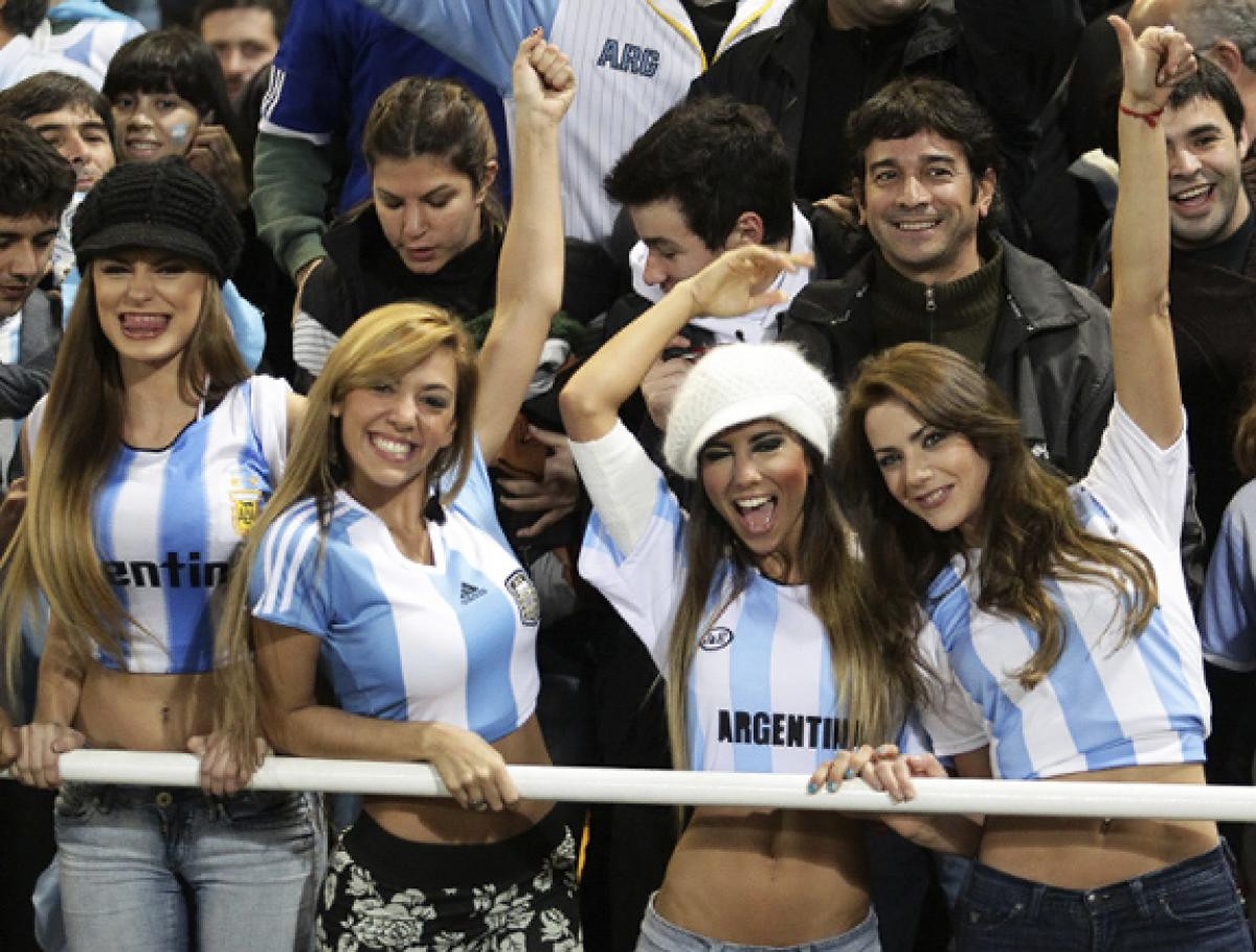2 argentina 4 - hottest fans 2014 fifa world cup