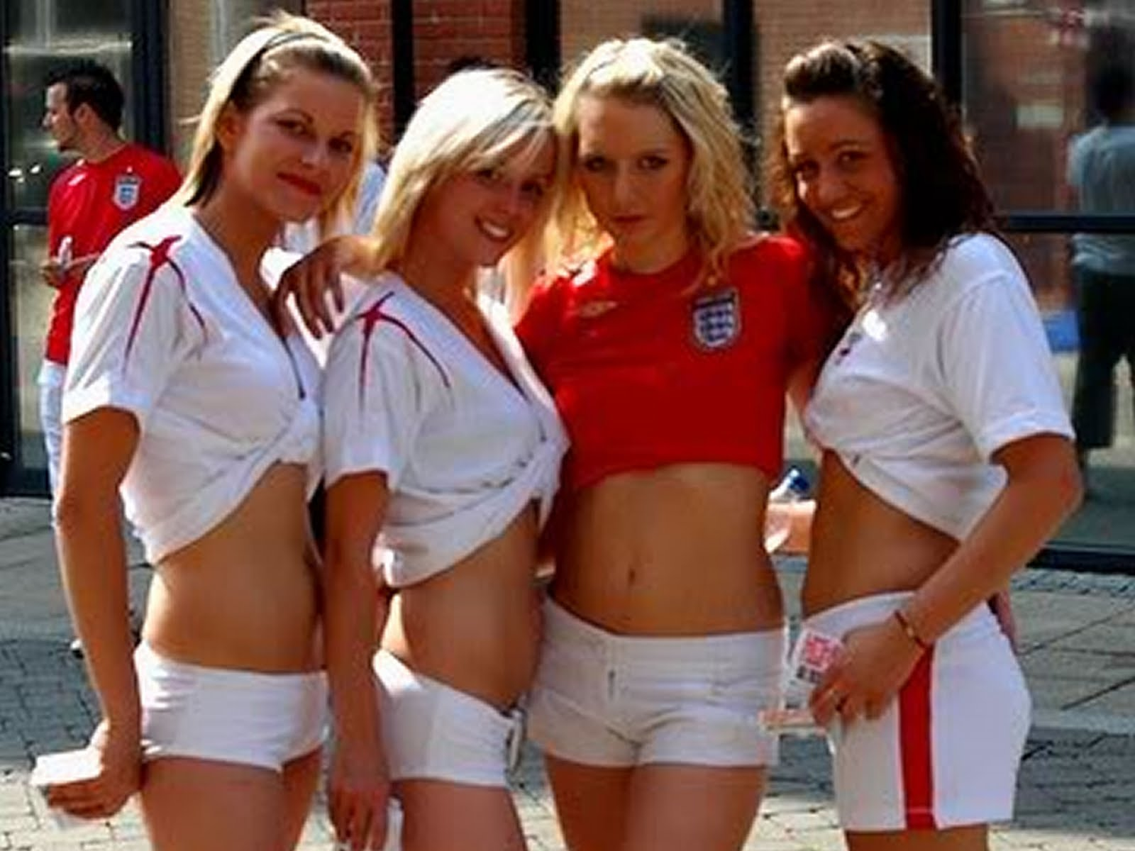 22 england 1 - hottest fans 2014 fifa world cup