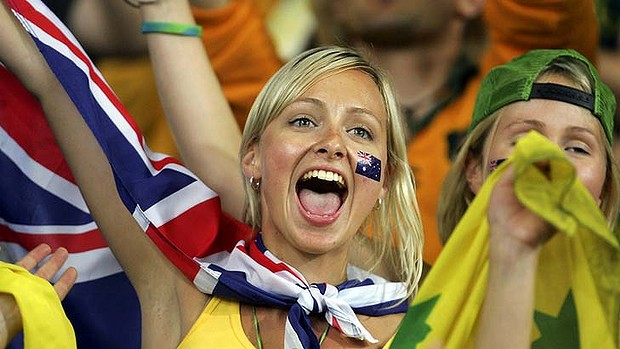 8 australia 2 - hottest fans 2014 fifa world cup