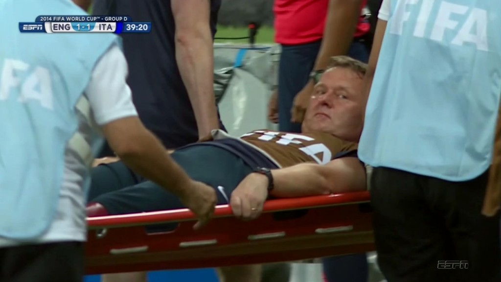 England physio Gary Lewin injured 1