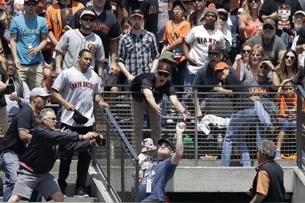 Father's Day Home Run Catch (Photo via Bleacher Report)