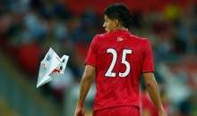 England Fans Go Nuts After Paper Airplane From Top of Wembley Stadium Hits Peru Player (Video)