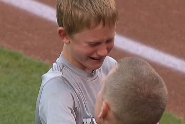 military dad surprises son at royals game
