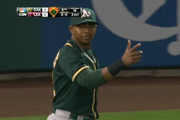 yoenis cespedes amazing throw put-out howie kendrick
