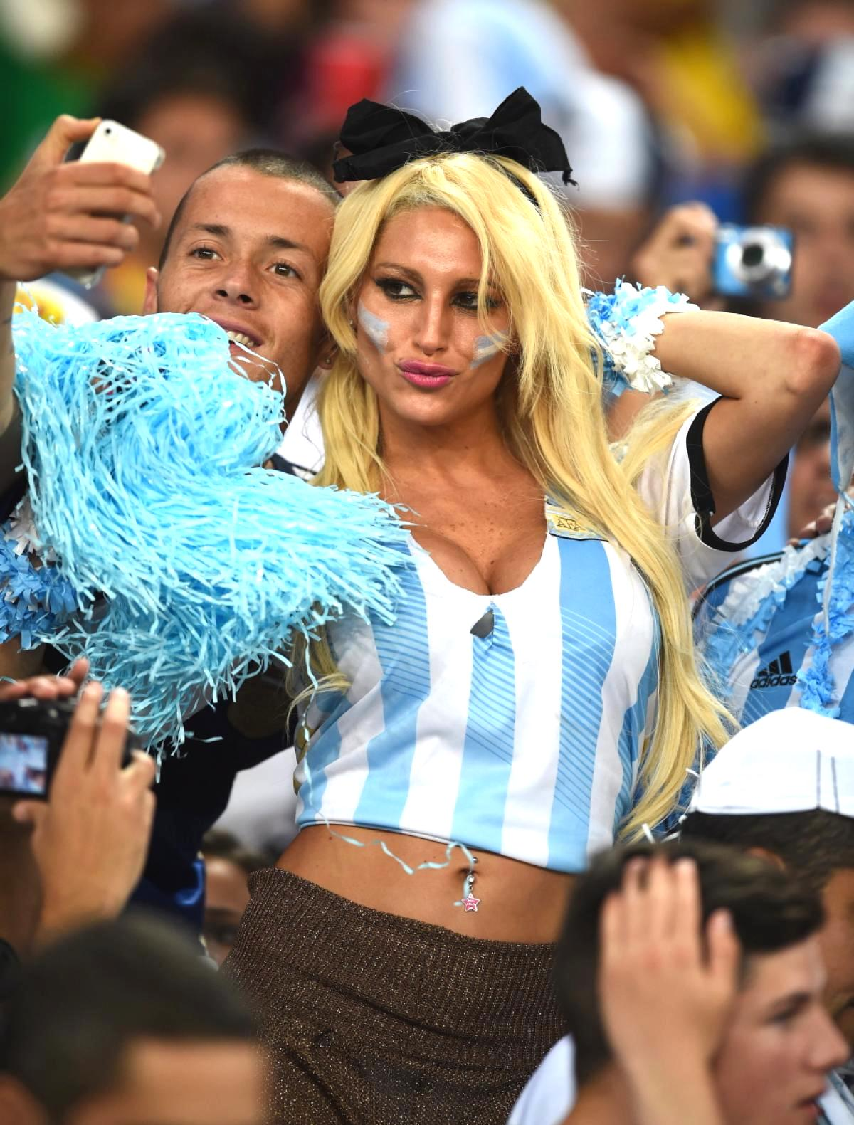 21 hot argentina fan - hottest female fans 2014 world cup