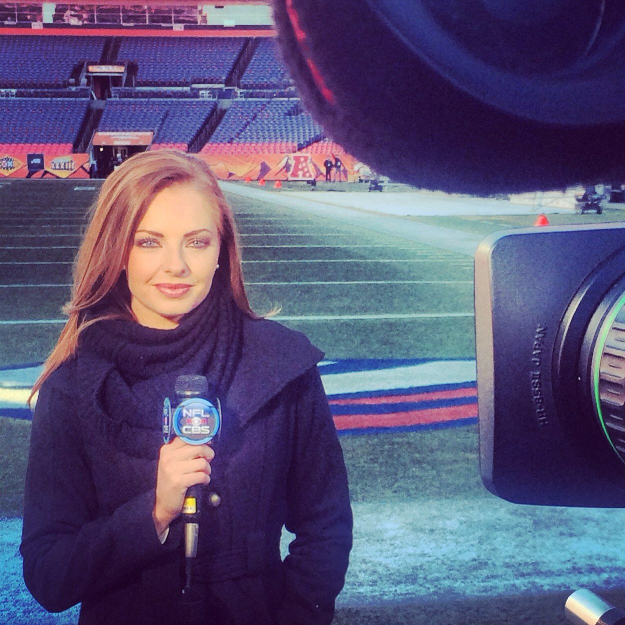 5 laura gardner (sam leclure) - sports reporters who dated athletes