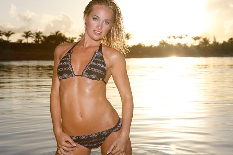 6 brooke sorenson (former dcc married to laynce nix) - cheerleaders who dates athletes