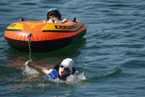 8-year-old carried disabled brother through triathlon noah-and-lucas-aldrich