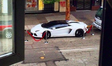 Fancy Boy Marshawn Lynch Parks His Lamborghini Using Velvet Ropes (Pic)