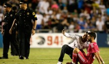 Insanity at Real Madrid-Roma Friendly in Dallas, as Swarms of Idiot Fans Invade the Pitch (Videos)