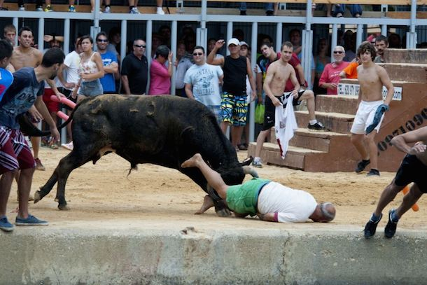 man gored in ass during running of the bulls 2