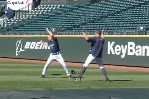 mariners pitching coach dancing turn down for what
