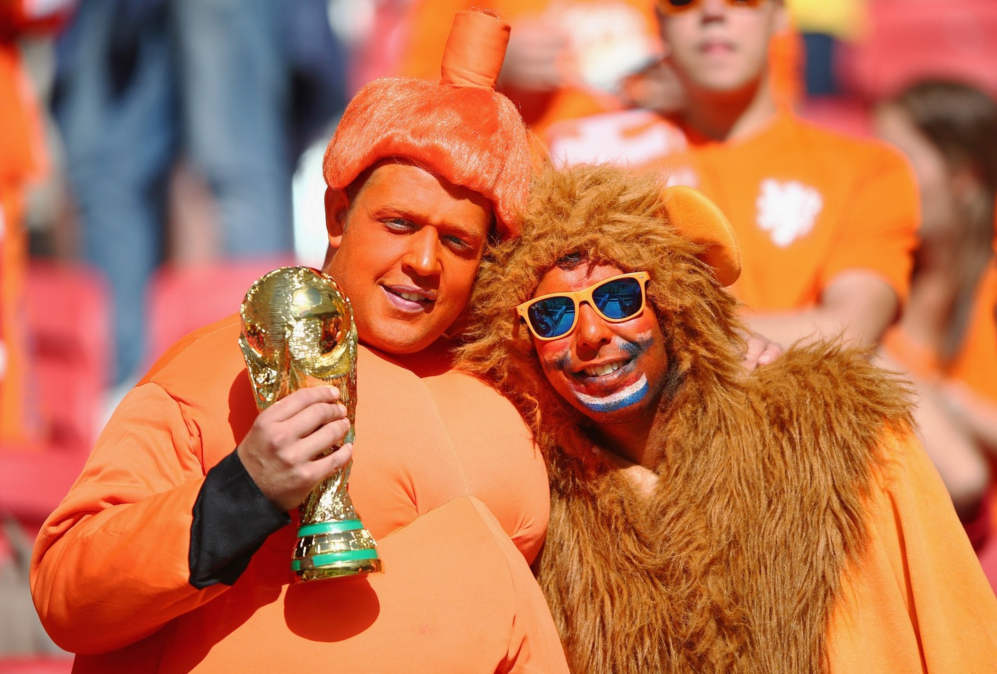netherlands sumo guy - craziest fans at 2014 fifa world cup