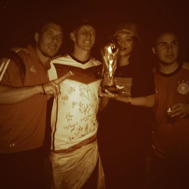 rihanna world cup trophy german players podolski schweinsteiger gotze
